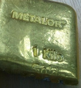 counterfeit 1 kg Metalor gold bar